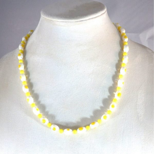 White and Yellow Beaded Glass Necklace 1777